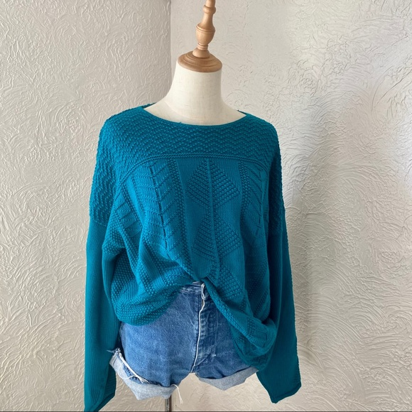 Vintage Oversized Teal Knit Sweater